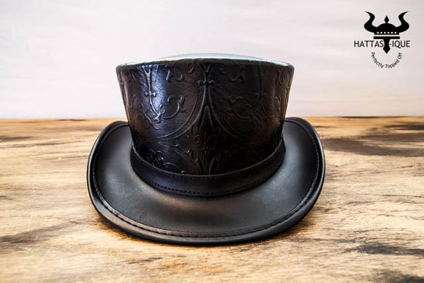 black royale top hat