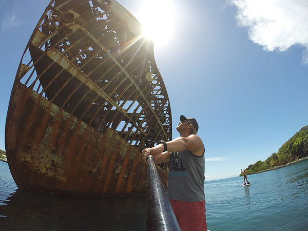stand up paddleboarding ship wreck roatan