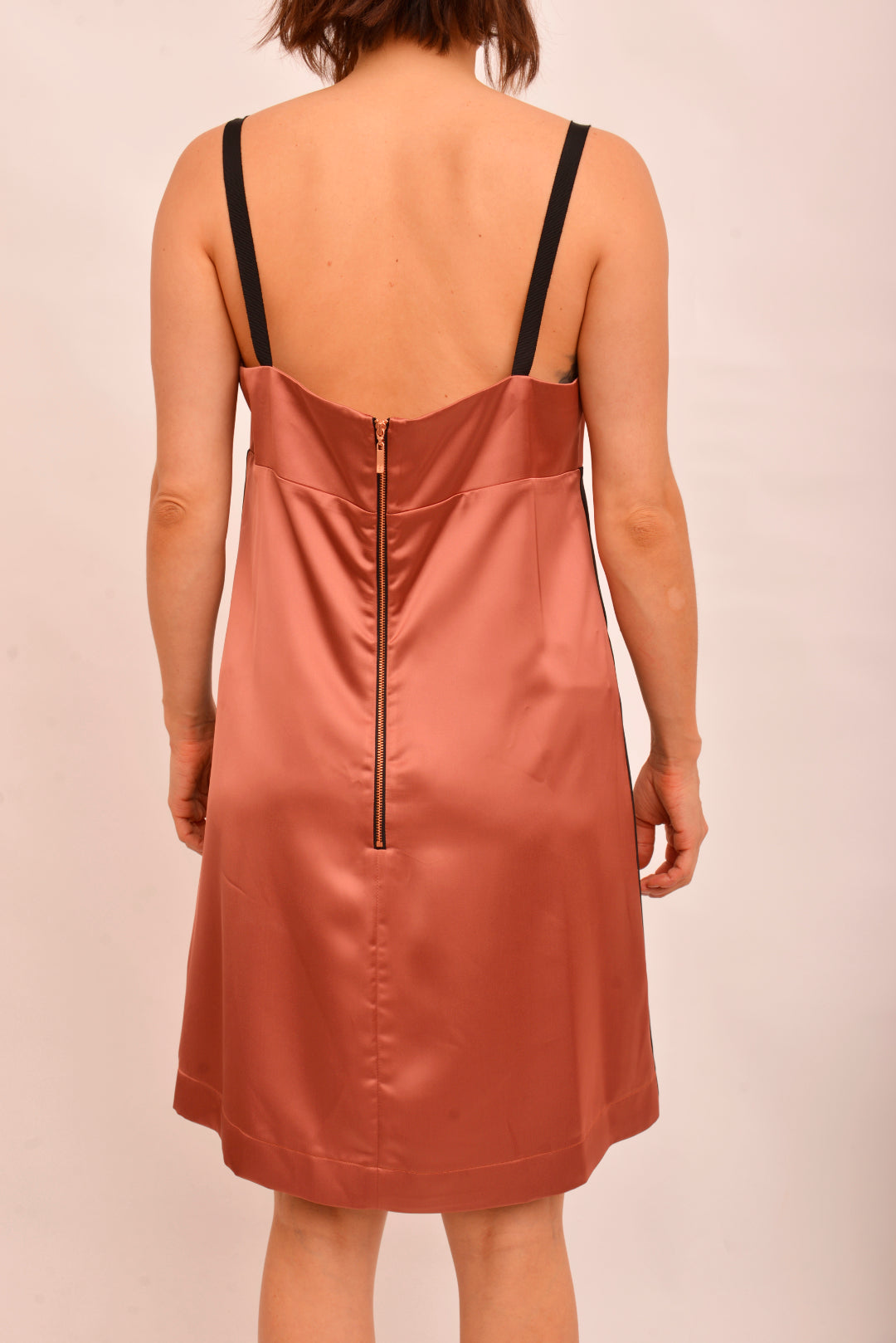 Cue NWT Slip Dress (14) - Mercado32