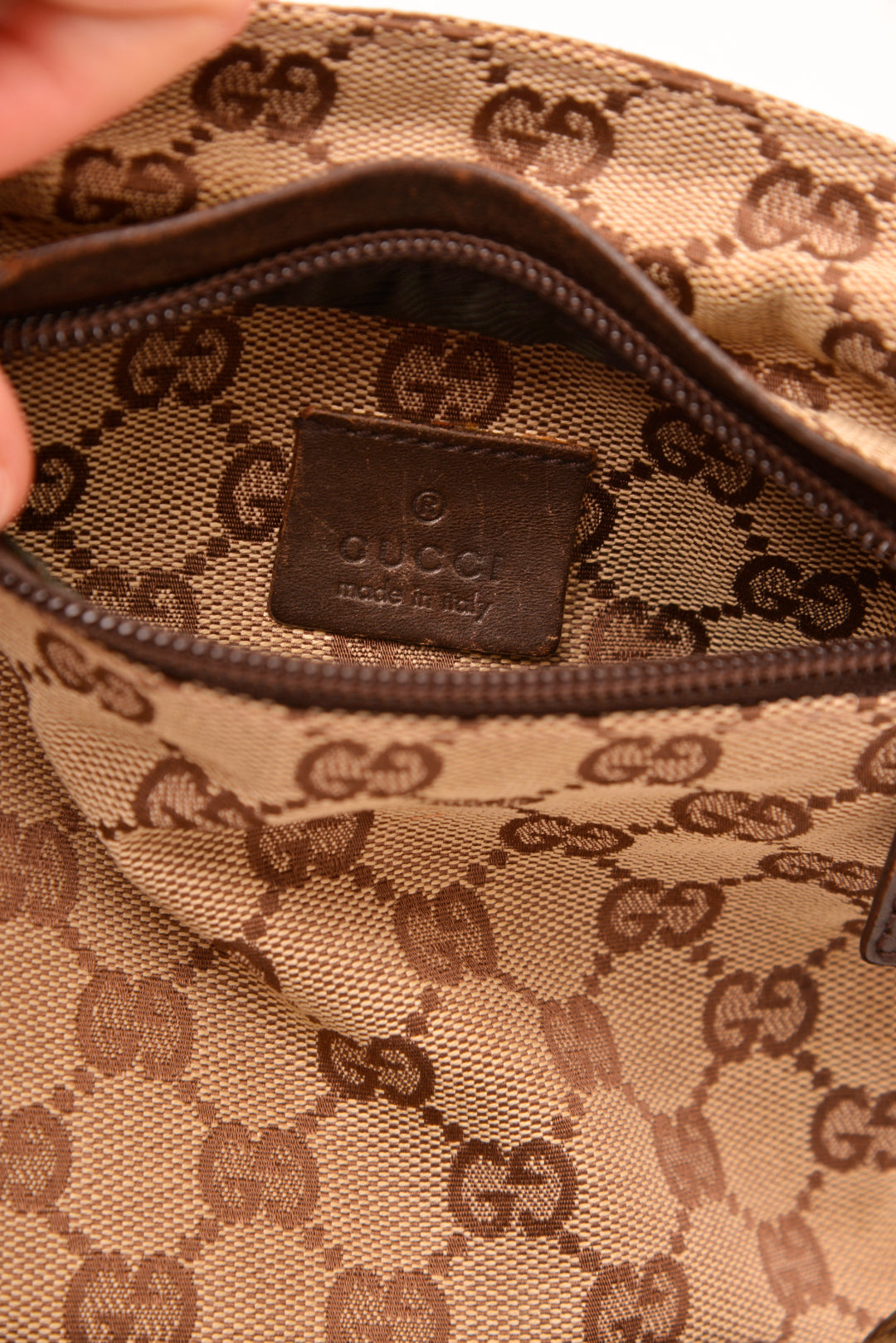 Vintage Gucci Monogram Belt Bag - Mercado32