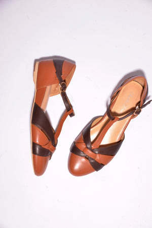 Charlie Stone Vintage Style Flats With Ankle Strap (38) - Mercado32