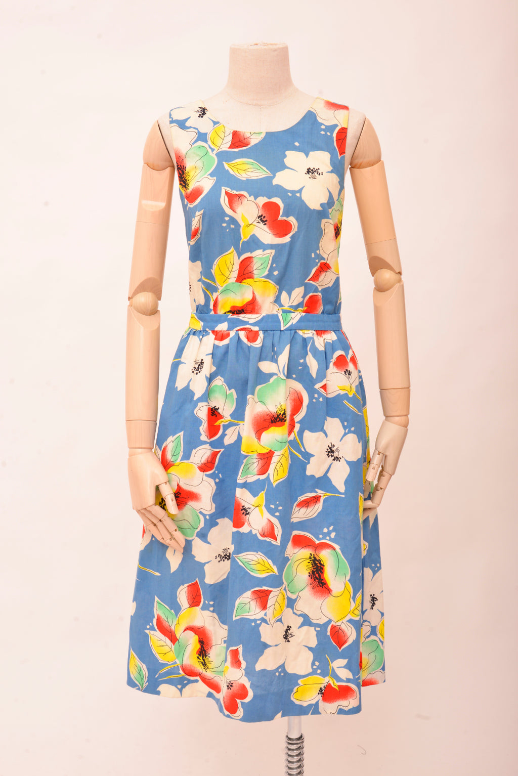 Vintage Floral Dress with Cross Back (S/M) - Mercado32