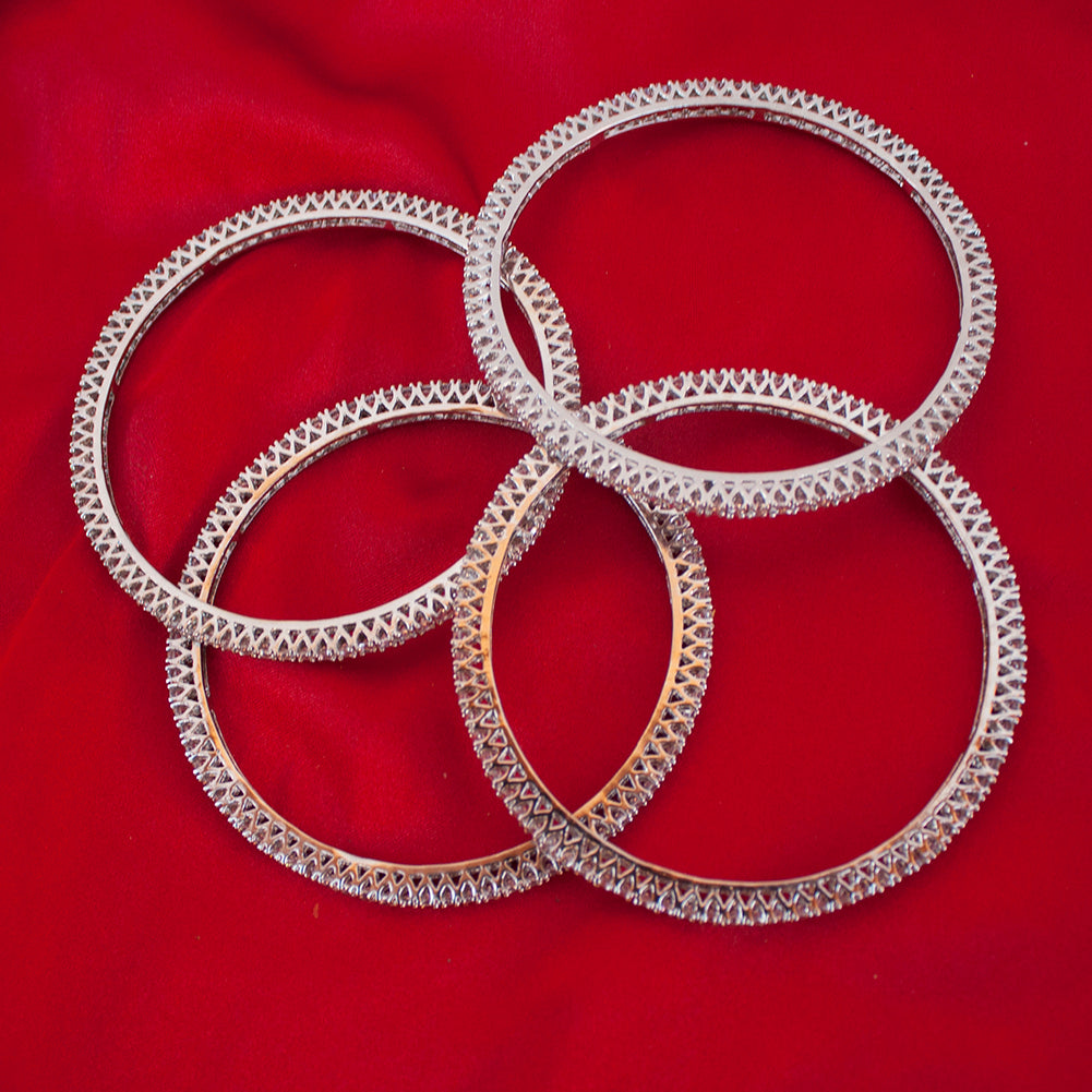 c356f691ff4c6 Bollywood Indian Ethnic Shiny Gold Plated Set of 4 Bangles Studded with  Cubic Zirconia