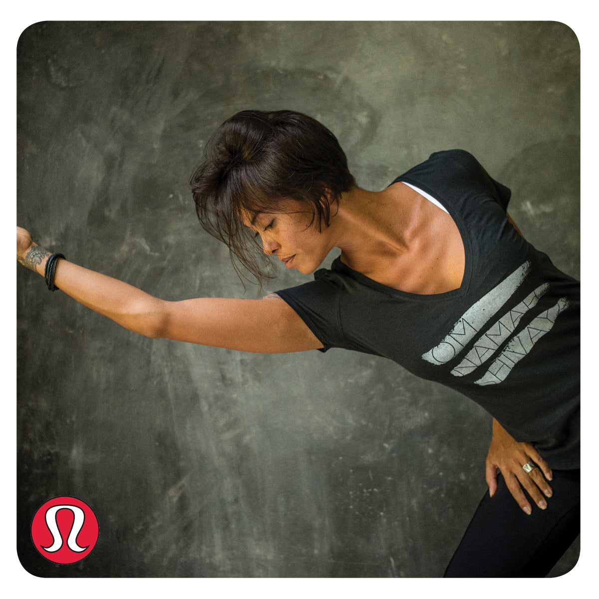 Lululemon Love Tee II in Black