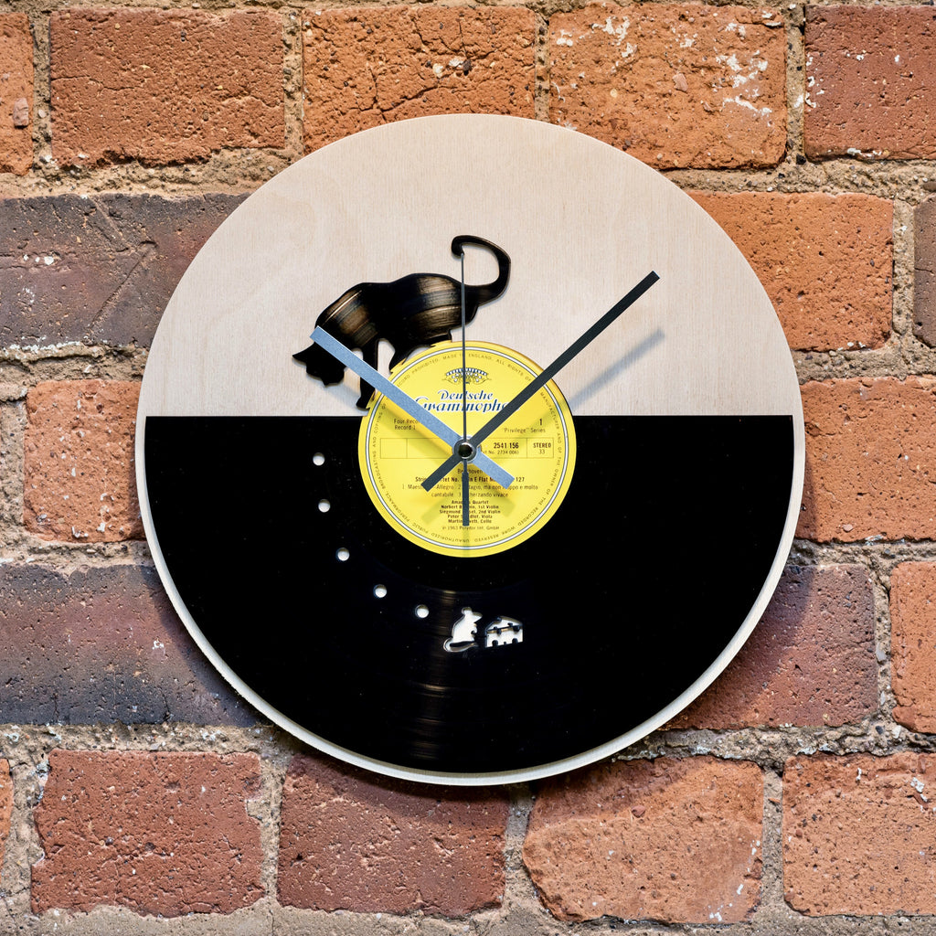 Cat and Mouse Vinyl Clock - Blue Phoenix City Products Uk