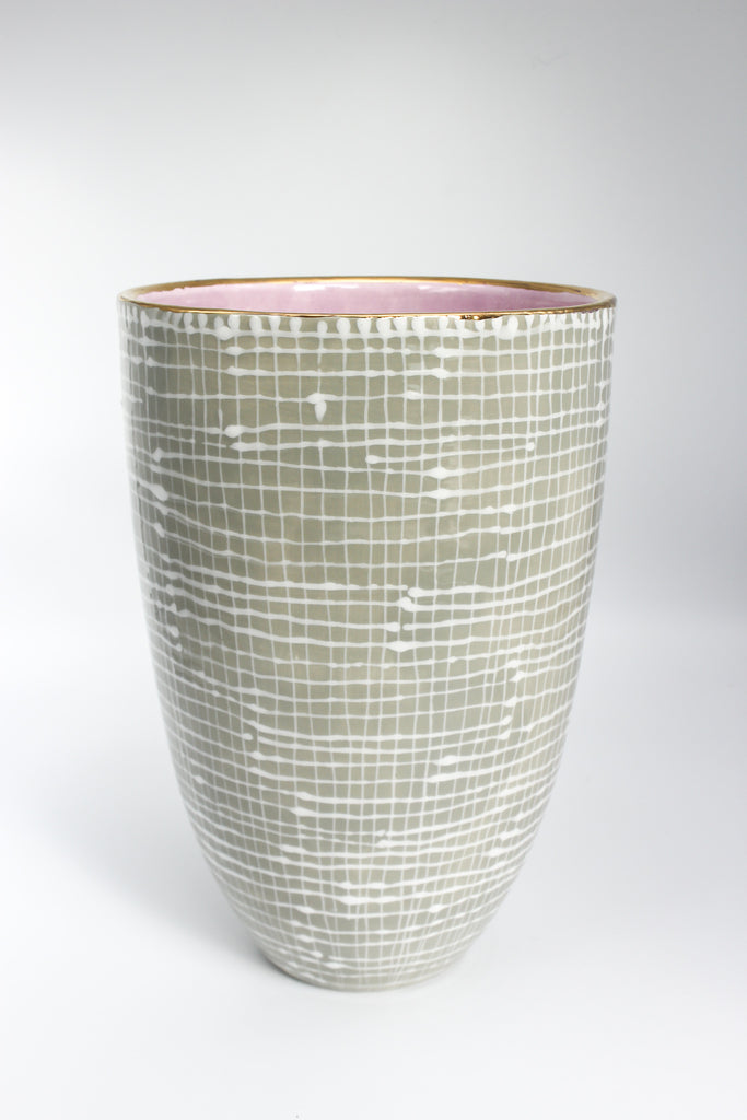 Vase White Lines on Taupe M