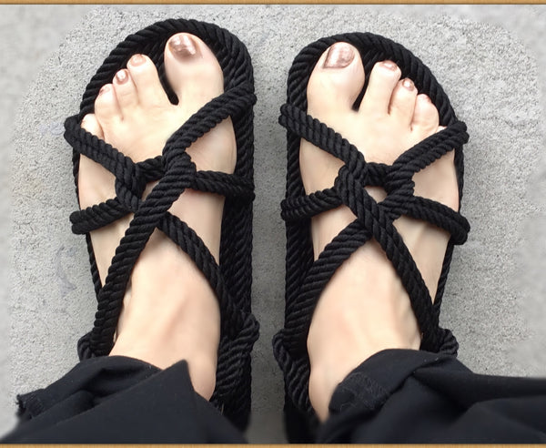 "Women's Black ""Twist"" Sandals"