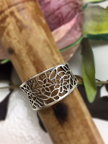 Sterling Silver Flowered Ring