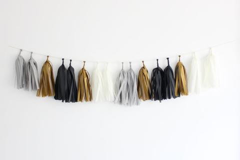 Black and Gold New Year's Tassel Banner