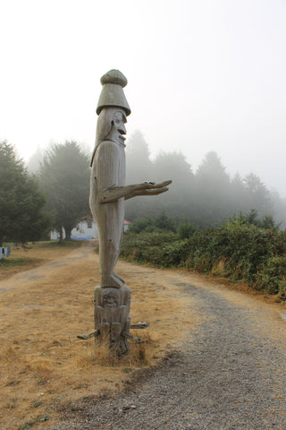 Welcome pole, Yuquot, Nootka Trail