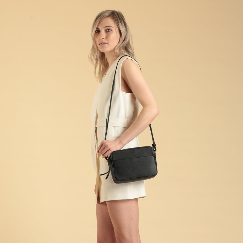 Mini Bloom Bag – Black Pebble