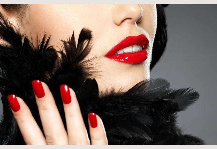 Zidne tapete Fashion red nails SW141