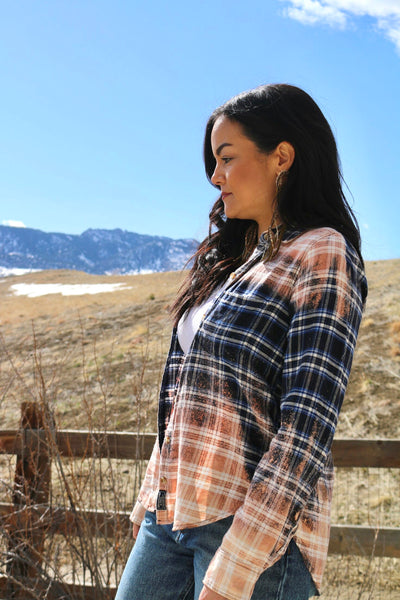 Fitted Distressed Blue Flannel, Womens Small