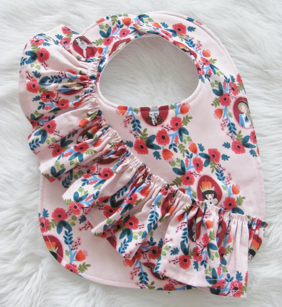 One shoulder ruffle baby bib