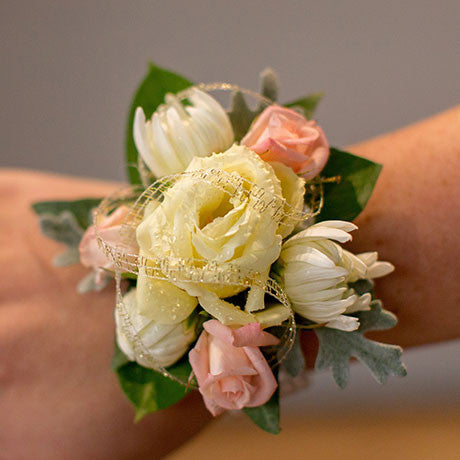 corsages_featured.jpg