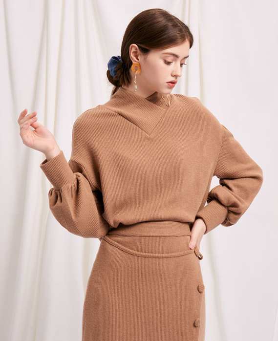 Lyla Sweater Ellie Skirt Camel - Petite Studio NYC