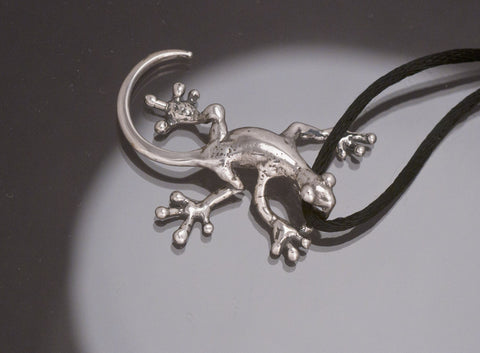 Gecko Pendant, Curved Tail, Sterling Silver