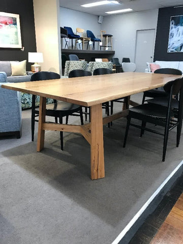 Otway dining table on clearance at Richmond