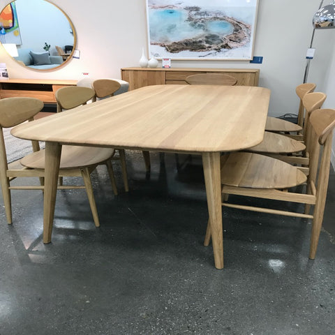malmo dining table clearance