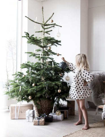 Sparse Christmas Tree Decorating.The Ultimate Guide To Christmas At Home Urban Rhythm