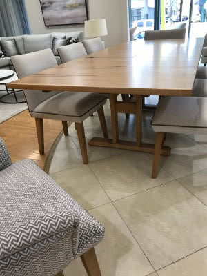 Butterfly Table Clearance Base