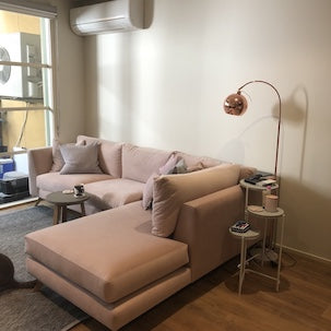 Customer image of the Bianca Sofa with a Chaise Lounge in Blush Pink