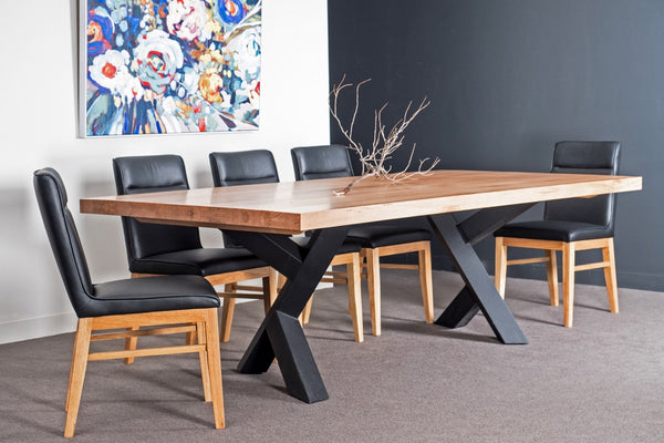 Metalico XY Base Dining Table