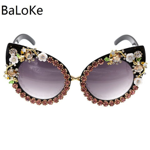 Fashion Sunglasses Women Luxury Brand glasses Metal jewel with Rhinestone Decoration Cat Eyes Sunglasses Vintage Shades Oculos