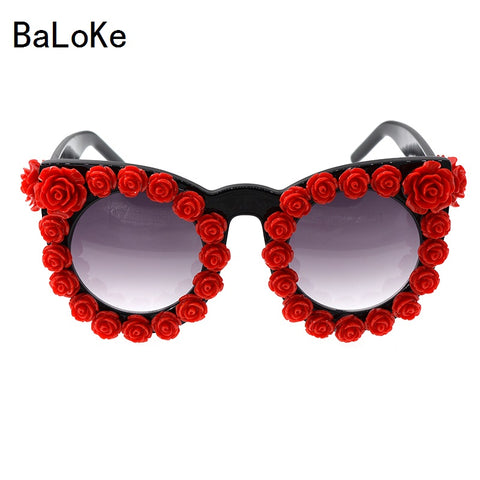 2017 Baroque Fashion rhinestone cat eye sunglasses women brand designer oversized sunglasses red flower ladies party Oculos