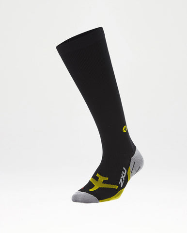 2XU MEN'S FLIGHT COMPRESSION SOCKS