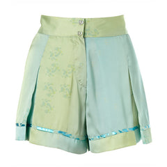 splash print, ombre, green, jade, shorts, twist pleat, pleated, tennis shorts, metallic trim, supersweet, moumi, spring