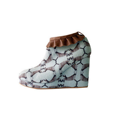 supersweet, super sweet, moumi, shoes, croon, tutu, tulle, ruffles, frills, boots, booties, wedge, heel, wooden, cat, cats, cat print, crazy cat lady, collaboration, shoes, footwear, leather, denim, blue, washed, beige, neutral, brown