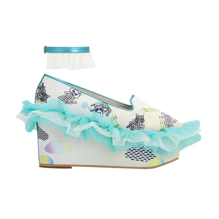 frilly wedge, wedges, platforms, platform, green, mint, tulle, ruffles, ombre, sea, maui, supersweet, moumi, cat print, anklets, glitter