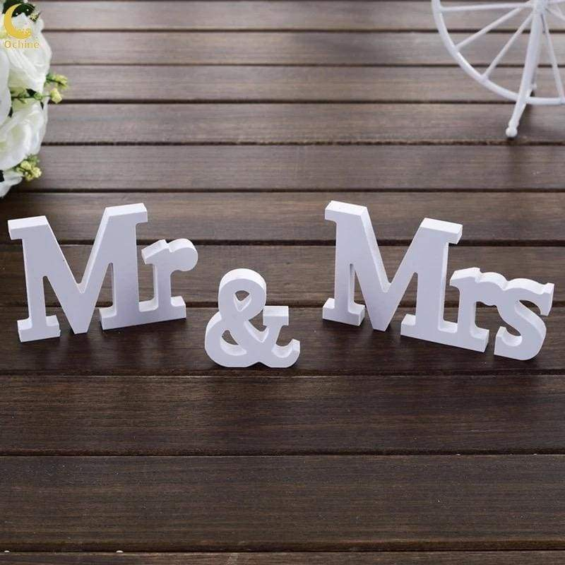 Wedding Items - frijja.com - 3pc Set of Wooden White Signs Mr and Mrs Wedding Decoration