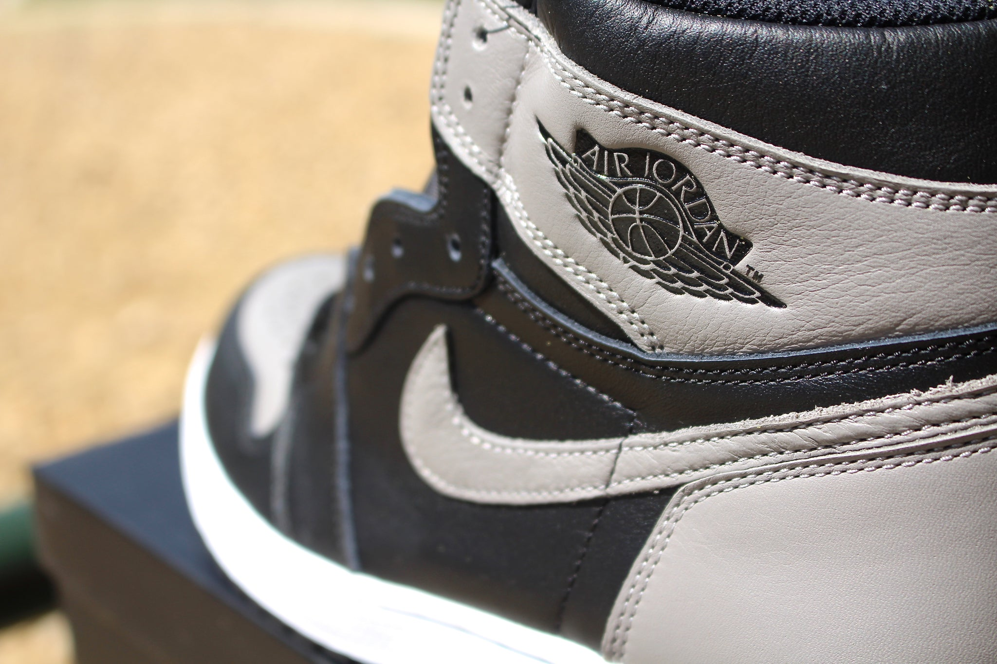 Air Jordan 1 Retro OG High (Shadow) 2018