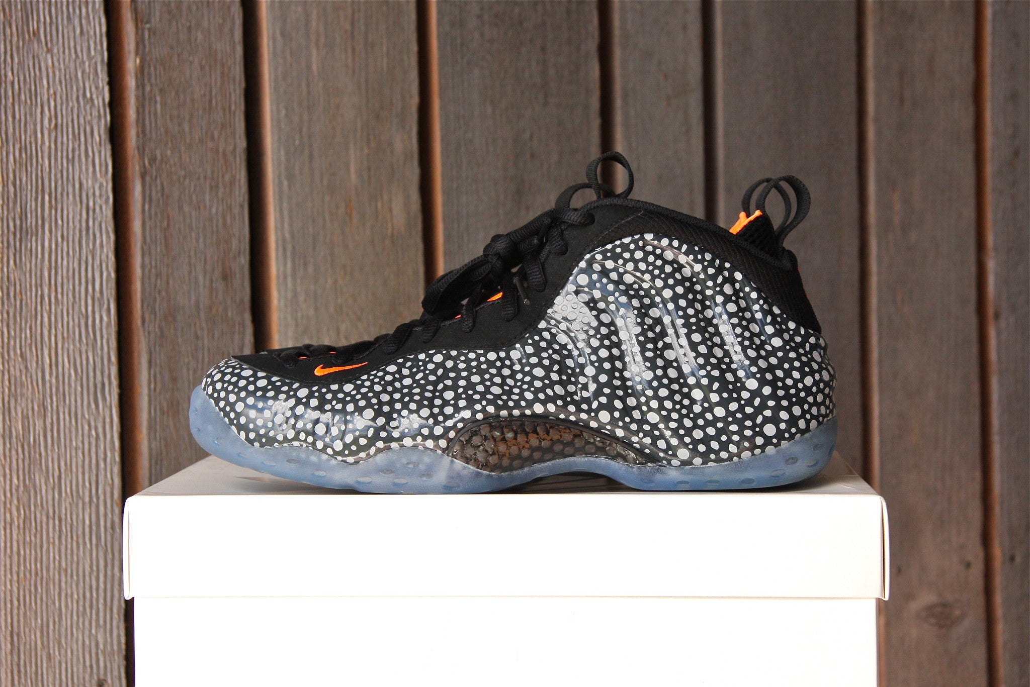Nike Foamposite One PRM (Safari) VNDS
