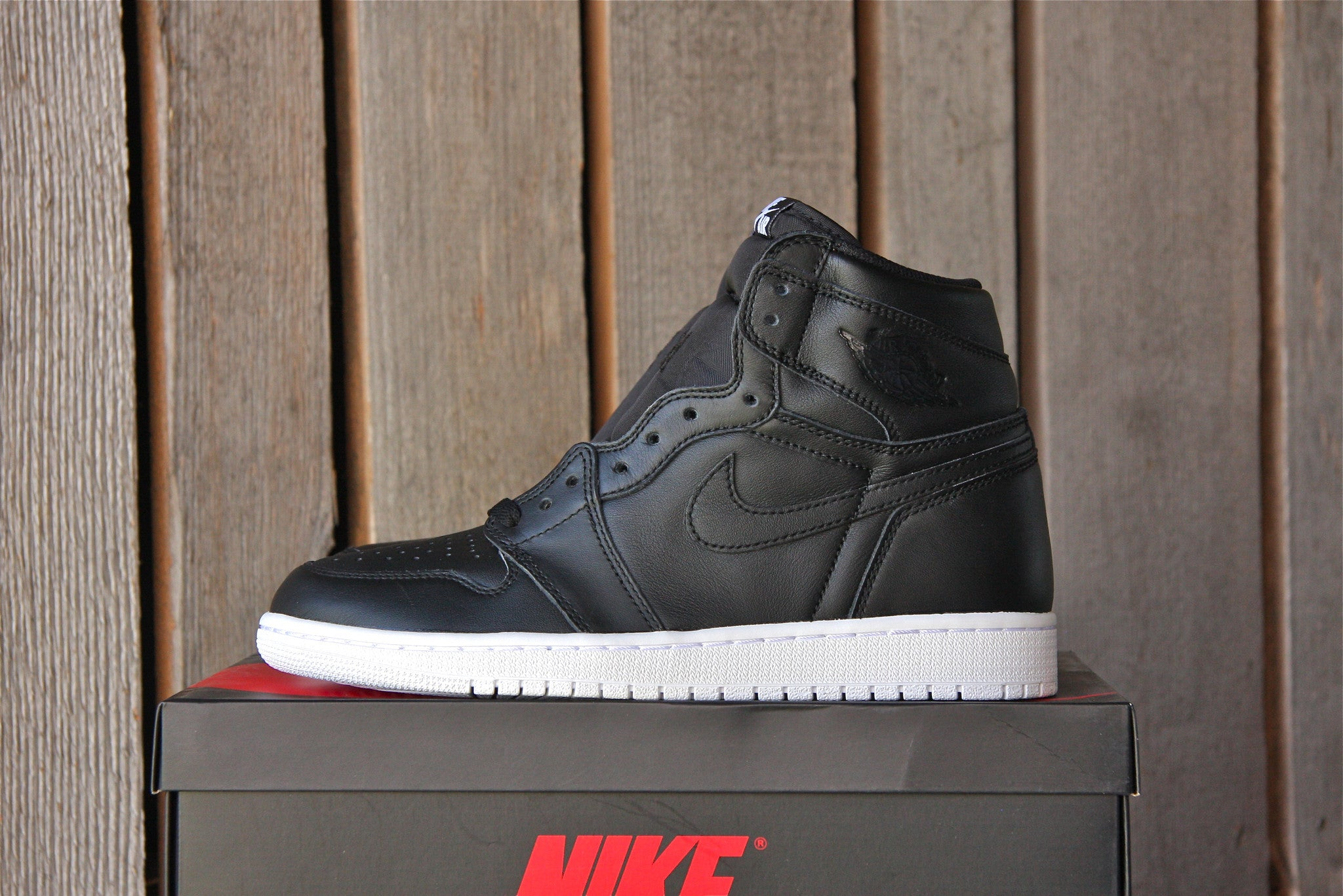 Air Jordan 1 Retro OG High (Cyber Monday)