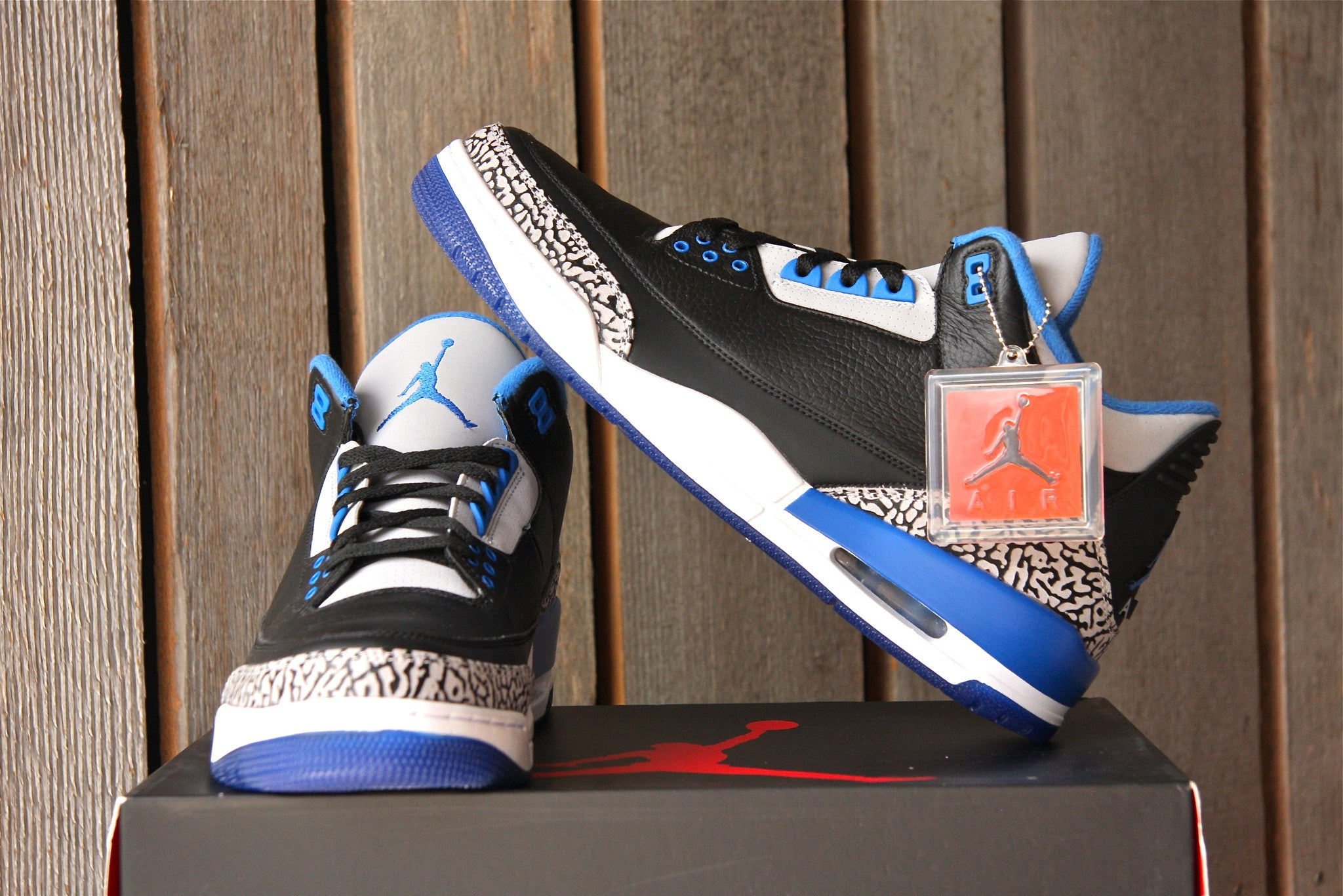 Air Jordan 3 Retro (Sport Blue)