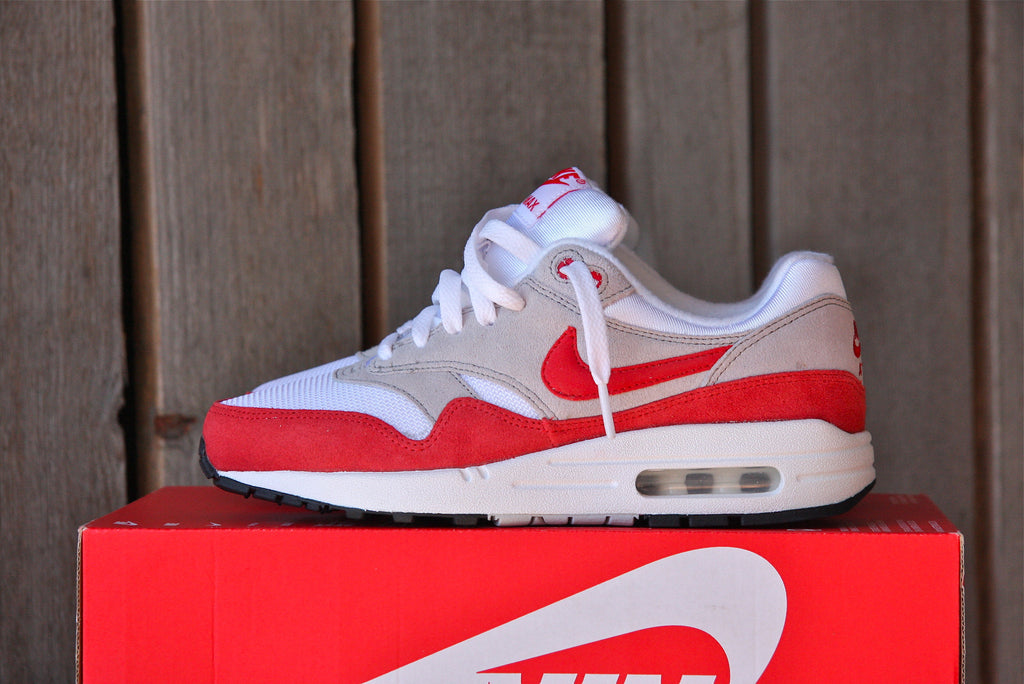0b6fcdde5f44e Sold Out Nike Air Max 1 (Chilling Red) GS
