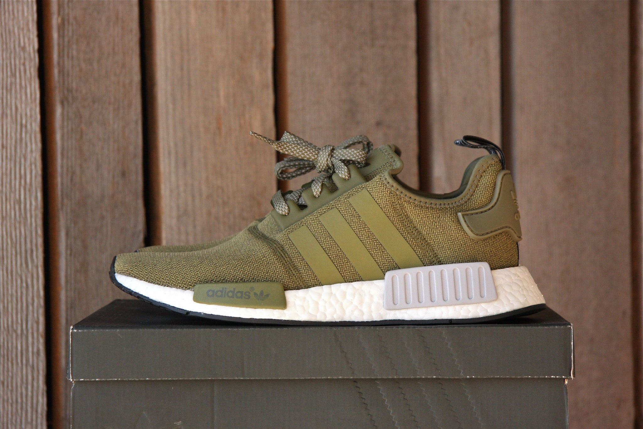 Adidas NMD R1 Footlocker Exclusive (Olive)