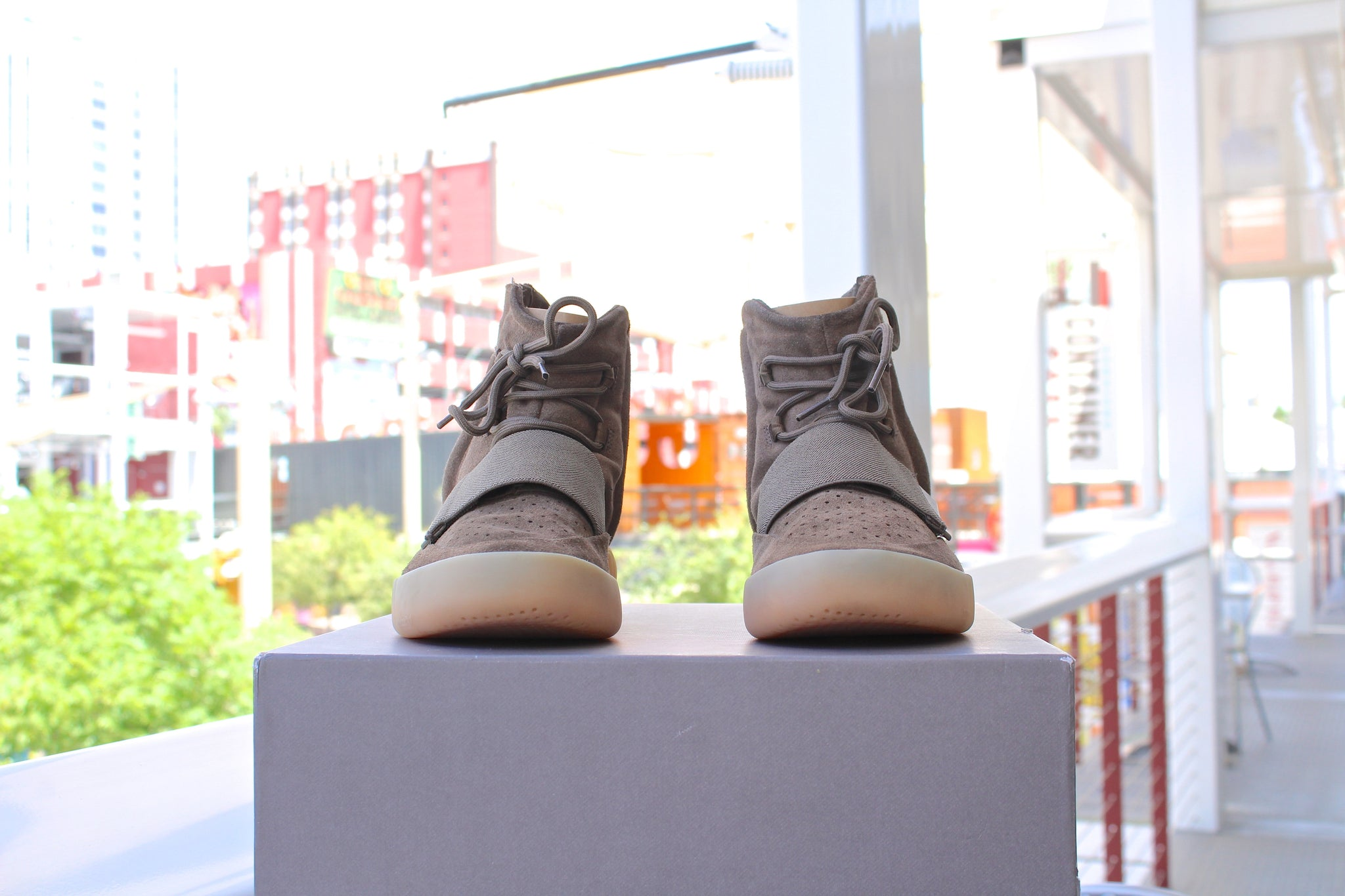 Adidas Yeezy Boost 750 (Chocolate)