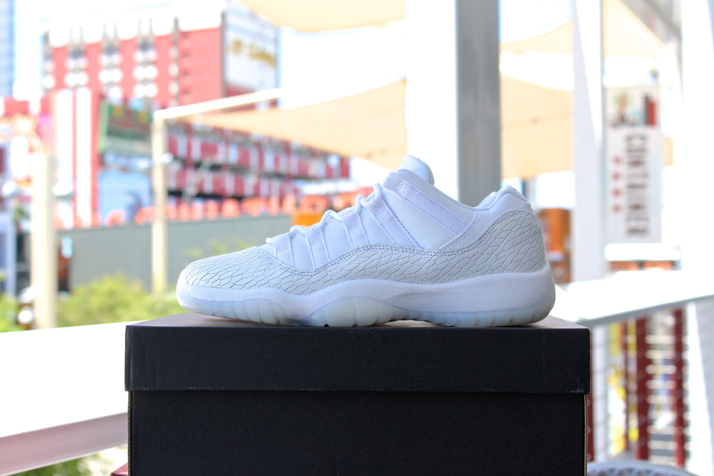 Air Jordan 11 Retro (Heiress) GS White