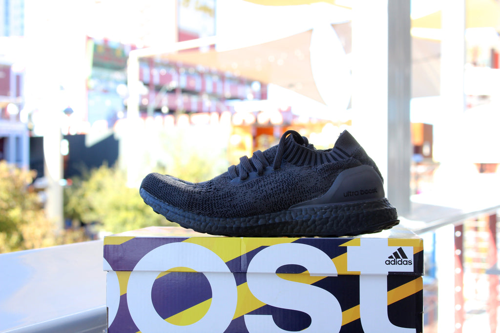 Adidas Ultra Boost Uncaged (Triple Black)