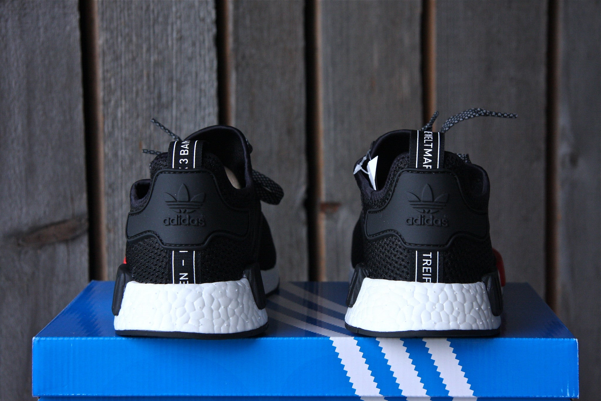 Adidas NMD R1 Footlocker Exclusive (Black)