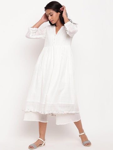 White Cotton Floral Detail Kurta