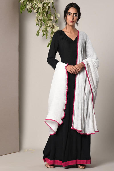 Black Pink Border Dress Crinkle Pink Lace Dupatta Set