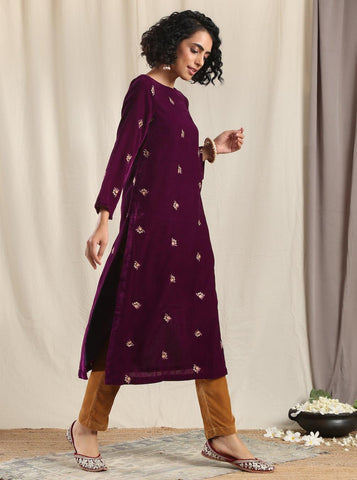 Wine Velvet Embroidered Slit Kurta
