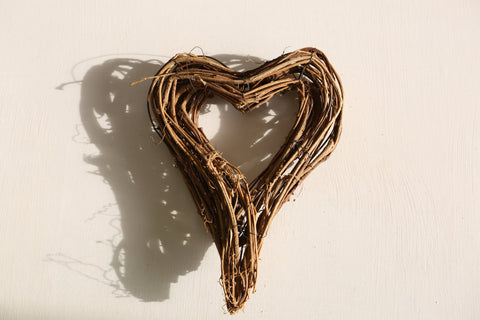 Large Vine Heart wreath - Hanging Christmas Decoration - Natural Decoration - Ra - Paradise Crow -  Natural Design & Interiors