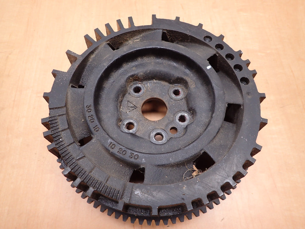 Evinrude Johnson 150 175 HP 1997-1998 Ficht Flywheel Assembly 586247  585160