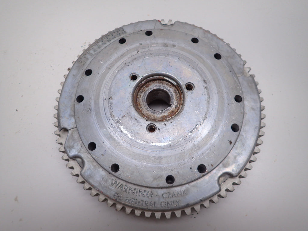 Evinrude Johnson Outboard 65 70 75 HP Flywheel Assembly 581110